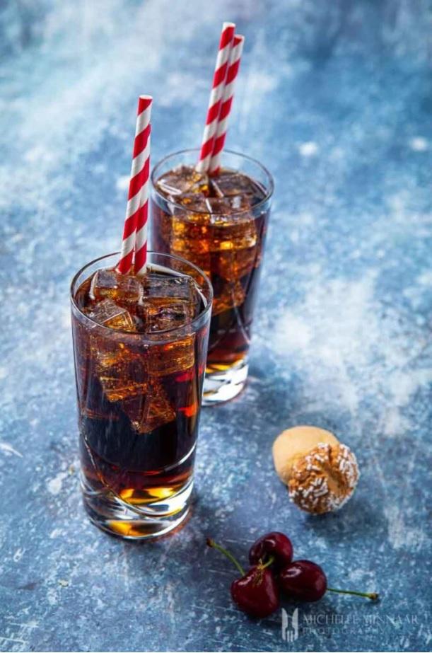 amaretto and coke